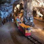 ツアーポイント②-ヨーロッパ最大規模 地底の美術館ポストイナ鍾乳洞