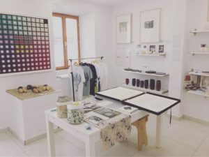 Korcula Art Gallery - Marko Artの店内