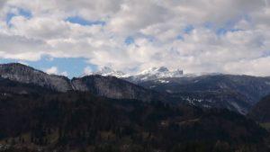 トリグラブ山